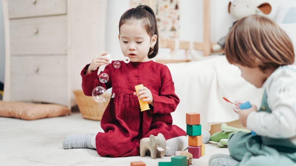 fases de la crianza bilingüe - tardan más en hablar